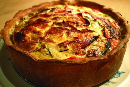 quiche frankrijk ei ham prei courgette aubergine gezond calorie